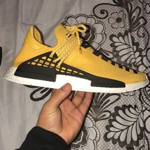 Yellow human race with og everything and recipt